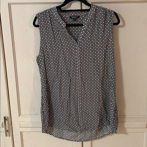 Top sleeveless in XL